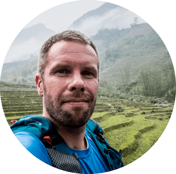 Contact Vietnam by Topas Henrik