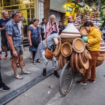 7 4 - gadesælger - Hanoi
