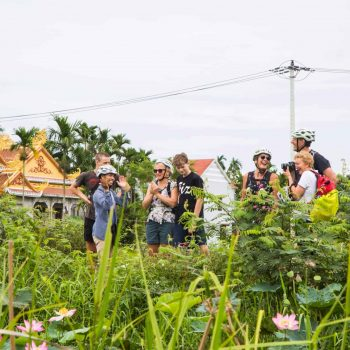 Turists in Hoi An on bike tour